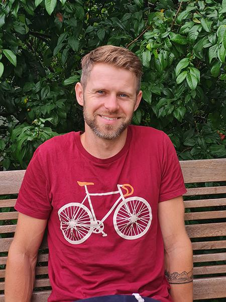 Foto von Maximilian Hartmann zum Interview Kraft, Ausdauer und Gleichgewicht